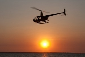 Helicopter_sunset_715_280_s_c1_left_center_0.00_0.00_1